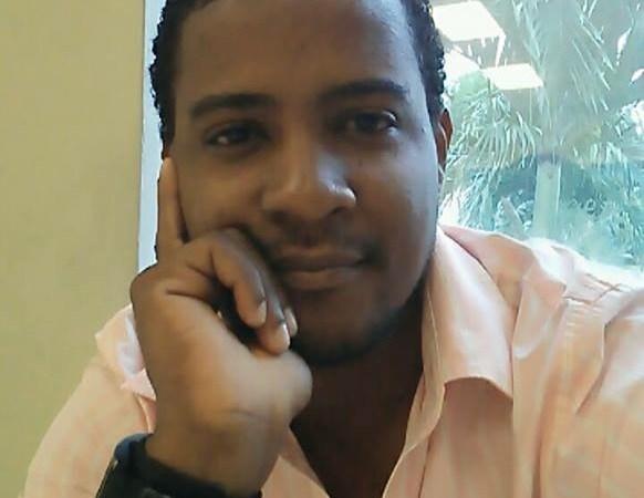 Le journaliste Gardy Saint-Louis, lauréat de la 2e édition du concours de reportage d'investigation