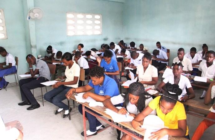 Examens de 9ème année fondamentale, l'Ouest accuse la meilleure performance