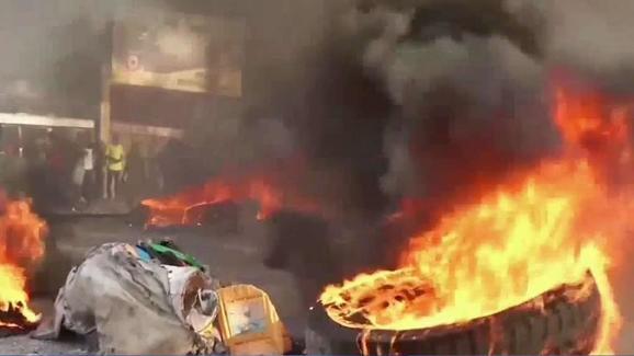 17 octobre: des voix s'élèvent contre le séisme politique annoncé par les Petrodéchoukeurs