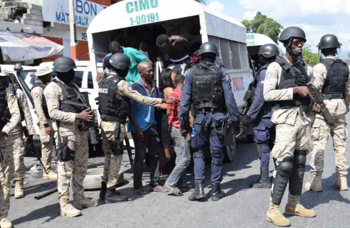 Opération policière à Village de Dieu: 80 personnes interpellées