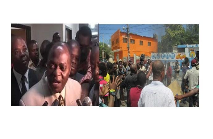 """Comme en 2006, l'opposition invite ses partisans à prendre """"leur bain dans les piscines des hôtels de Pétion-Ville"""""""