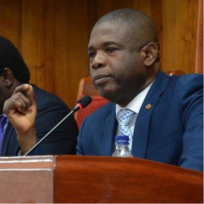 Haïti-Crise: Carl Murat Cantave désapprouve le silence Jovenel Moïse