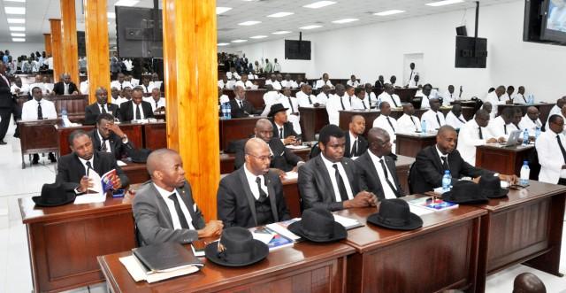 Dysfonctionnel depuis plusiuers semaines, le Parlement ouvre la session ordinaire ce mercredi