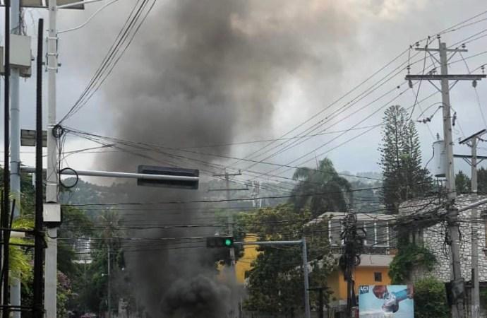 Manifestion: Des «moun fou» déferlent sur Pétion-Ville