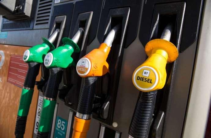 Le probable ajustement  du prix du carburant est mis en discussion