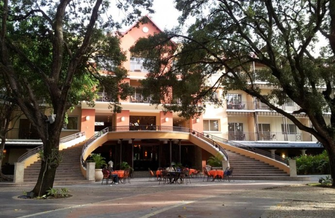 Manifestation antigouvernementale: l'hôtel Karibe Convention Center pris pour cible