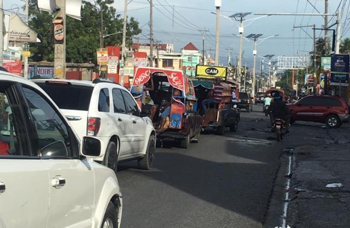 Calme apparent à Port-au-Prince, le commerce informel reprend timidement