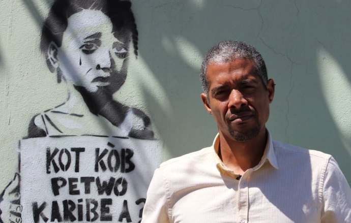 Changement du système:  «les opposants n'inspirent aucune confiance», dixit Gilbert Mirambeau