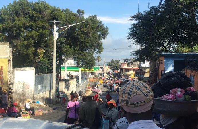 Une journée en demi-teinte après la mobilisation de l'opposition