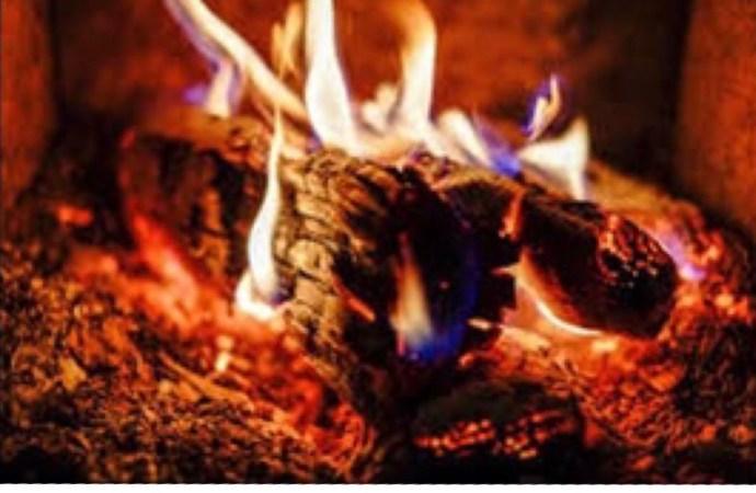 15 morts dans un incendie à Fermathe