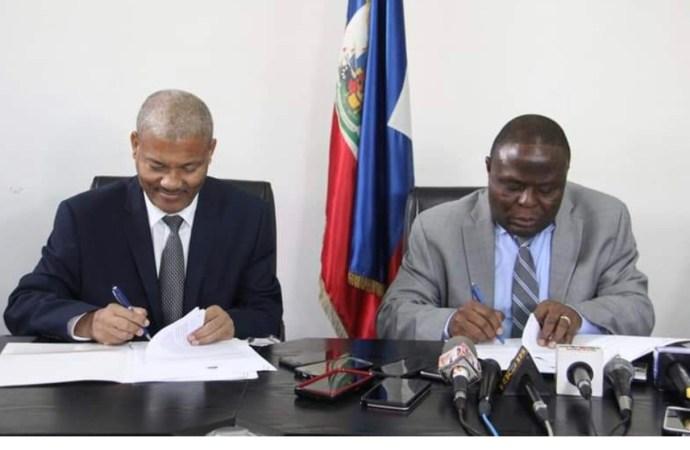 Signature d'un protocole d'accord entre le MENFP et l'UEH