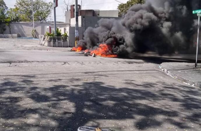 Panique à Delmas: des policiers sont à nouveau dans les rues