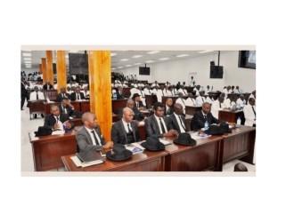 Éditorial:Parlement caduc: mandants et partis politiques s'en fichent royalement !
