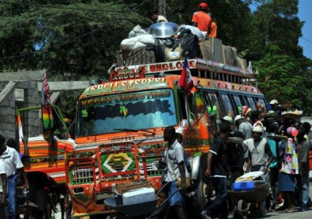 Coronavirus: réduction du nombre des passagers et des trajets, des syndicalistes réclament l'aide de l'État