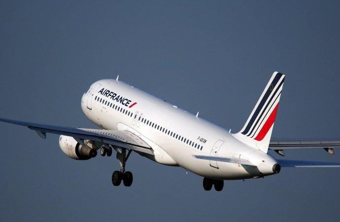 La France met un avion disponible pour rapatrier ses derniers ressortissants en Haïti