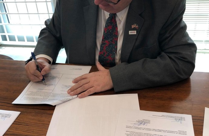 Coronavirus: signature d'un accord de don de plus $ 75 millions entre l'USAID et le gouvernement haïtien