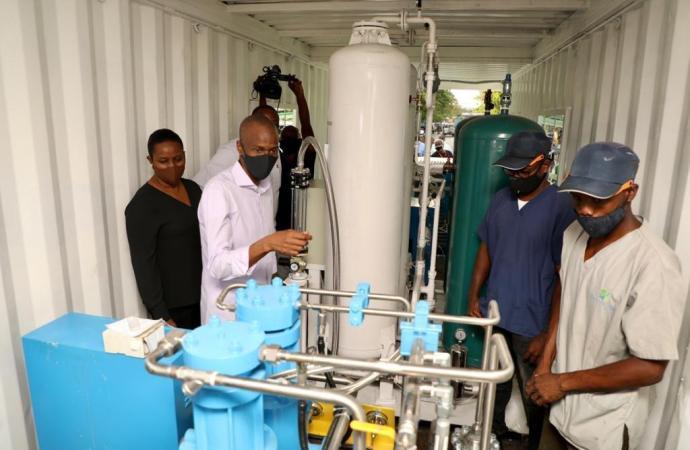 Chaque département aura la capacité de produire sa propre oxygène, promet Jovenel Moïse