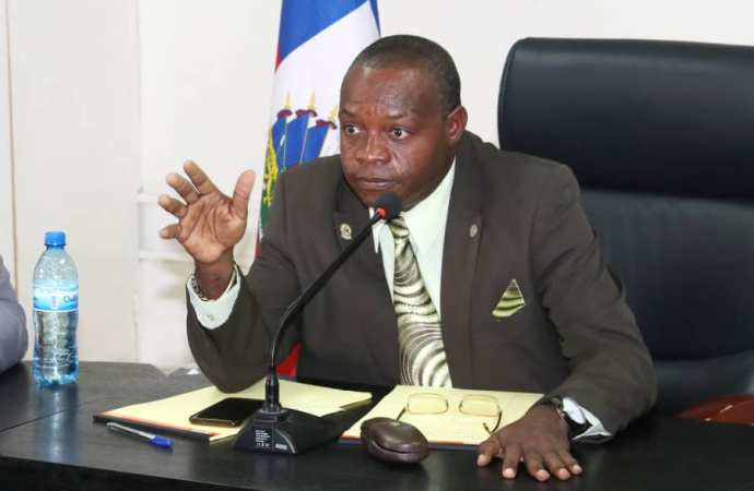 Grâce présidentielle: Des criminels notoires relaxés, le MJSP disculpe Jovenel Moïse
