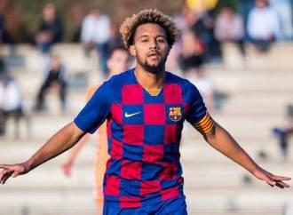 Konrad de la Fuente, un jeune d'origine haïtienne s'engage avec le FC Barcelone