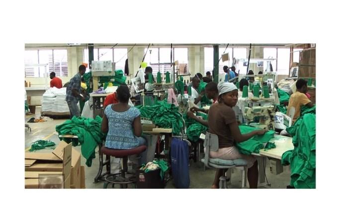 Par manque de contrats, deux usines du secteur textile ferment leurs portes