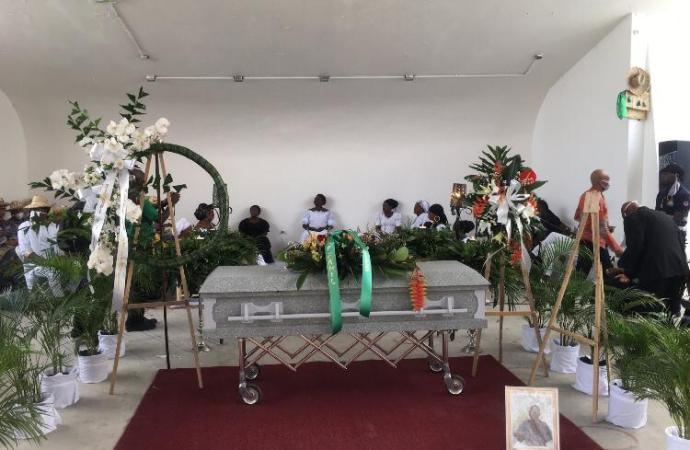 Funérailles: dernier hommage bien mérité à «Konpè Filo» au Kiosque Oxyde Jeanty
