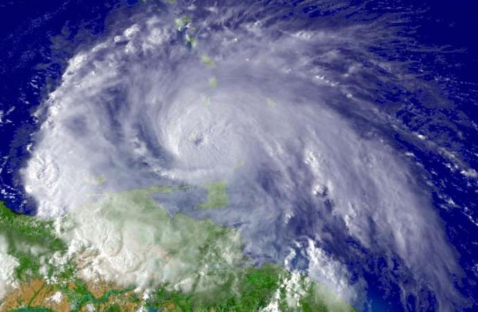 Tempête Laura : 20 morts et 5 disparus, selon un bilan partiel