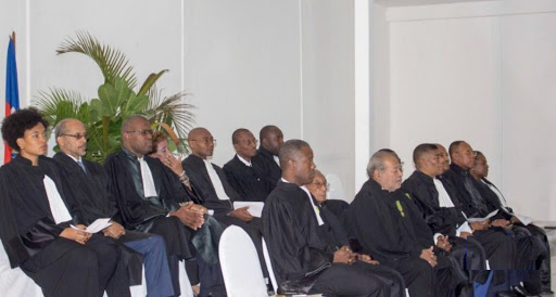 Le Barrreau de Port-au-Prince condamne l'investiture des membres du CEP
