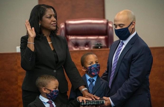 L'Haitiano-américaine Fabiana Pierre-Louis siège à la Cour suprême  de New Jersey