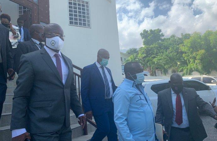 En visite à la Cour des Comptes, Joseph Jouthe fait des excuses au nom du gouvernement
