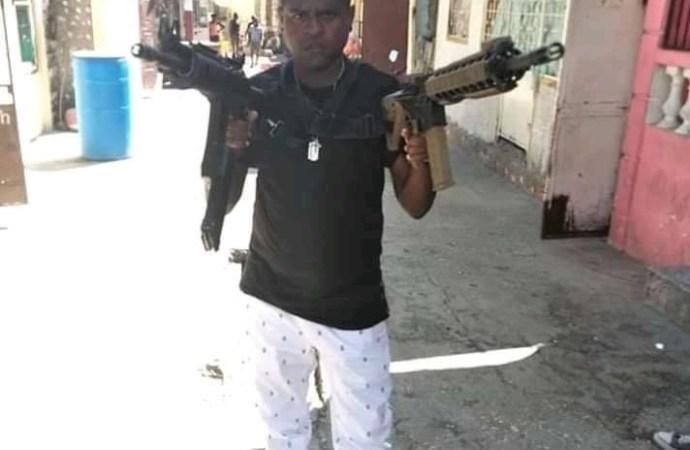 Barbecue et sa bande armée dans les rues, réclament la libération de Jouma
