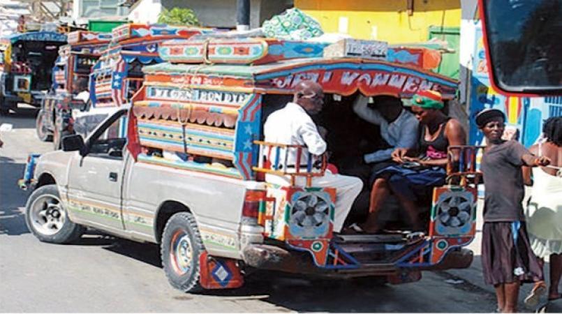 Le gouvernement baisse légèrement les prix des transports en commun