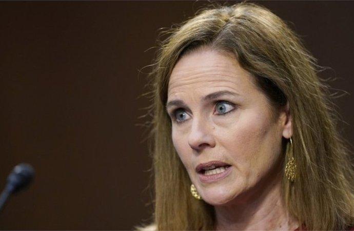 États-Unis : Une conservatrice à la Cour Suprême, bonne nouvelle pour Donald Trump