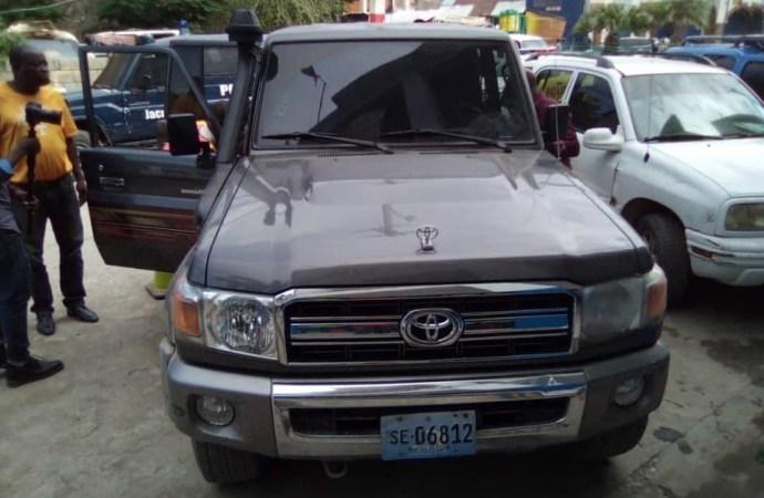Sud-Est: La PNH confisque la voiture de l'ancien sénateur Dieupie Chérubin