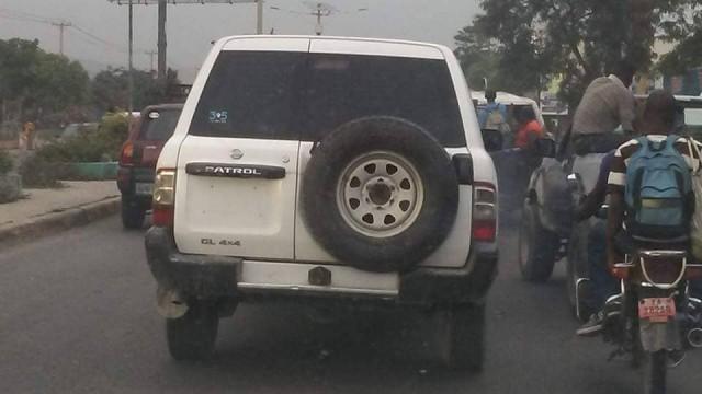 Les forces de l'ordre instruites d'arrêter tout véhicule ou moto sans plaques d'immatriculation