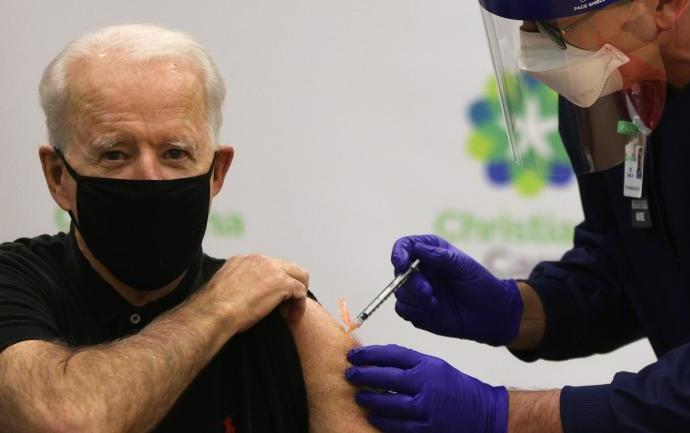 USA-Covid-19: Joe Biden prend sa deuxième dose de vaccin