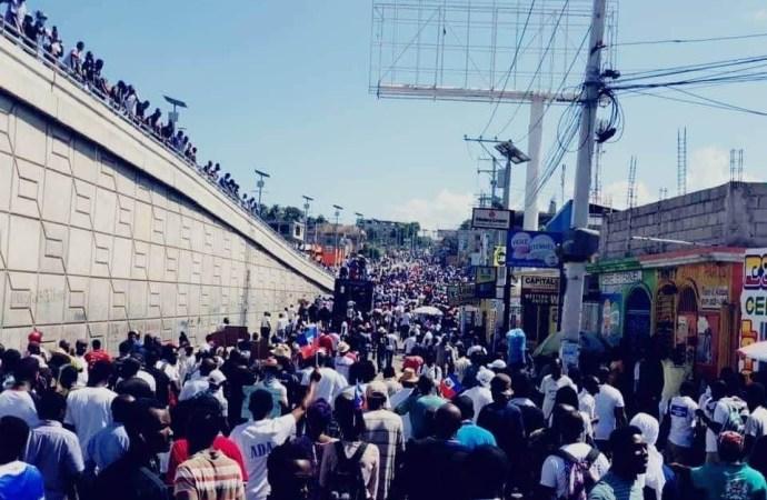 Nouvelle journée de mobilisation antigouvernementale, plusieurs milliers de citoyens dans les rues