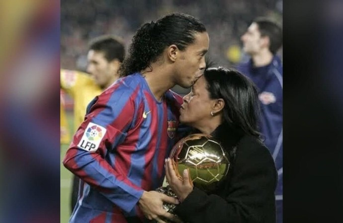 Coronavirus : Décès de la mère du footballeur Ronaldinho