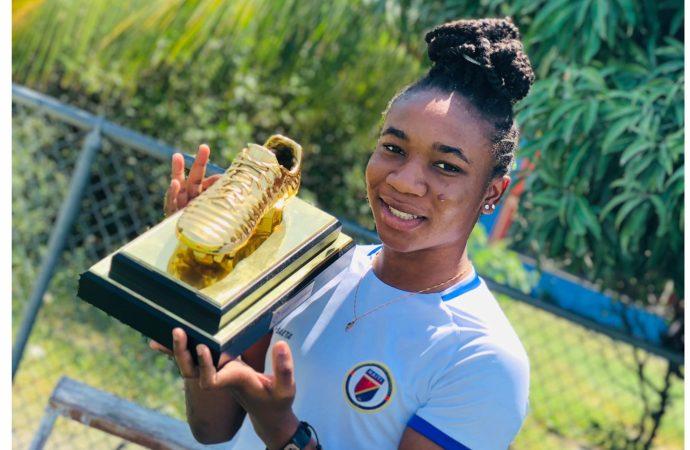 Melchie Dumornay, meilleure joueuse U20 de la CONCACAF 2020