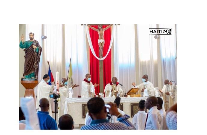 Gaz lacrymogène à l'intérieur de l'église St-Pierre : la PNH apporte un démenti formel
