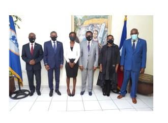 L'étudiante Rose Lumane Saint-Jean honorée par la Banque de la République d'Haïti