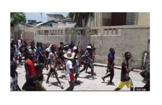 Affrontements à Martissant : 4 morts, plusieurs blessés, des dizaines de motocyclettes et de maisons incendiées