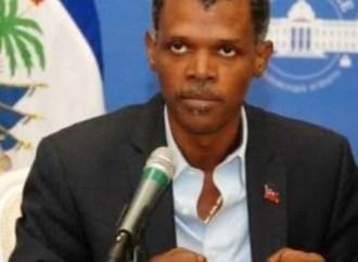 « Seule la population haïtienne aura à décider de son destin à travers un référendum », insiste Mathias Pierre