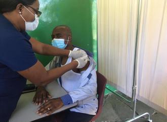 Plus de 5 mille personnes ont déjà reçu leur première dose de vaccins anti-Covid 19, selon le MSPP