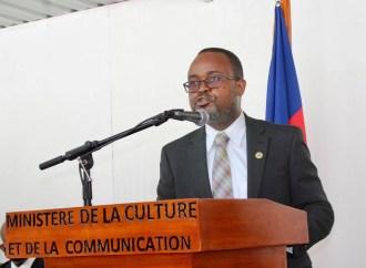 Installation de Jean Emmanuel Jacquet, ministre de la Culture et de la Communication