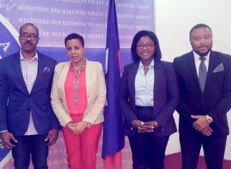 Le MHAVE signe un accord pour faciliter l'intégration de la diaspora haïtienne dans la politique
