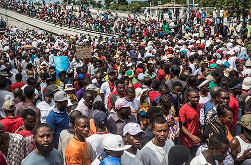 US urge Haitians to end political and economic crisis