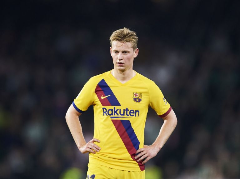 Barcelona President Told Frenkie de Jong to Go to PSG If He's 'Looking For Money'