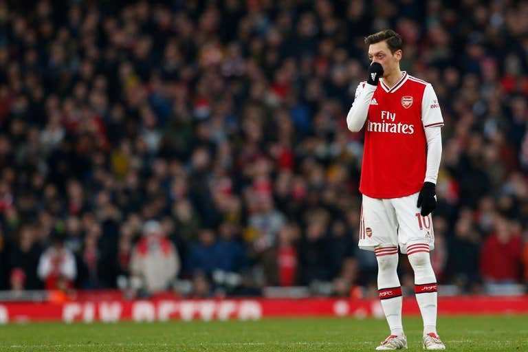 Arsenal legend Wenger says Ozil's talent is being wasted