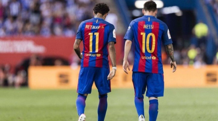 """Neymar: """"I want to play with Messi again. For sure next year we have to do it."""""""