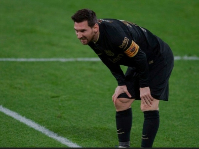 Lionel Messi's lacklustre form down to 'mental problem' after Barcelona fallout, suggests Andrea Pirlo